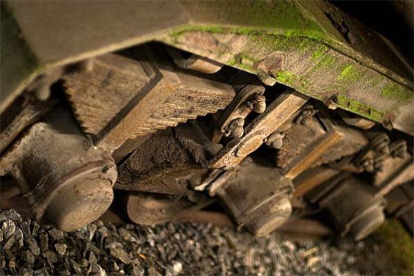 rusty train | Canon 10D, EF 50 1.4, f 1.4, 1/30s, ISO 800