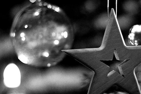 Christmas tree   Canon 10D, EF 50 1.4, f 1.8, 30s, ISO 400