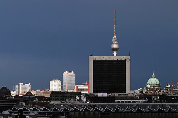 Funkturm Berlin | Canon 10D, EF 70-200 2.8, 70mm,  f 4.5, 1/1500s, ISO200