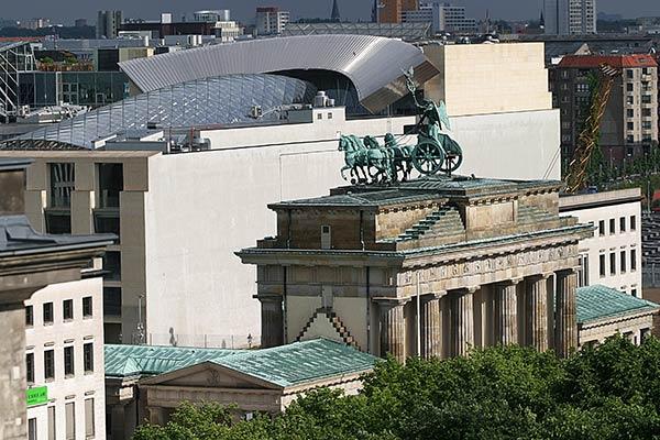 Brandenburger Tor | Canon 10D, EF 70-200 2.8, 115mm,  f 5.6, 1/1500s, ISO200