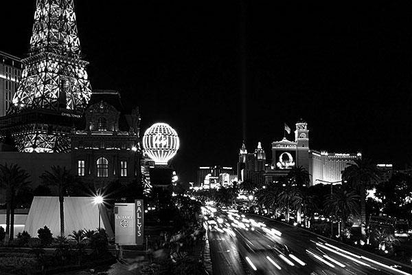 Ballys, Las Vegas | Canon 10D, EF 17-40 4.0, 26mm, f 22.0, 2s, ISO 800
